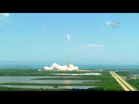 No Comment: Запуск космического корабля SpaceX Dragon