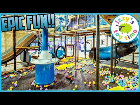 Izzy's Toy Time Goes To EPIC FUN In AUSTIN! Fun Family Trip! Indoor Play Place!