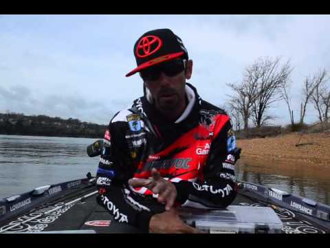 Ike on selecting the right jig color