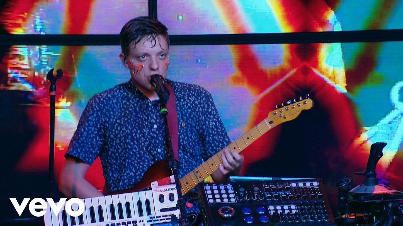 robert-delong-futures-right-here-live-on-the-honda-stage-robertdelongvevo