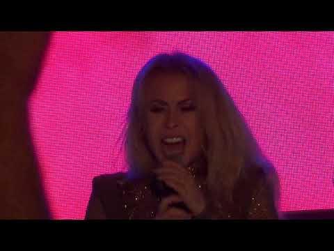 Joelma PRIMEIRO BLOCO com falha do microfone em IgarassuPE - 24SET2018