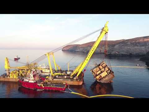 MEGATUGS - SMIT wreck removal of M/V Cabrera on Andros island