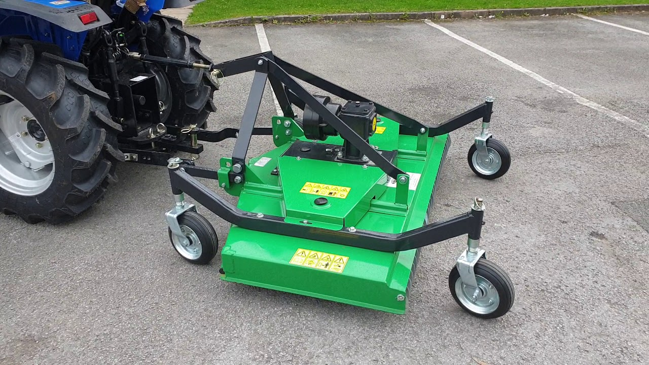 Solis 26 Tractor (agricultural tyres) with the FM120 Finishing Mower