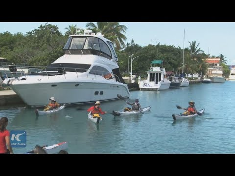 Four Americans set off by Kayak from Havana to Florida