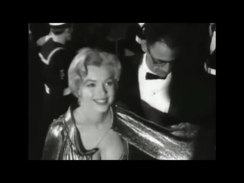 Marilyn Monroe Archive Footage - Royal Film Performance London 1956(+Interview)