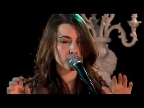 Crystal Fighters - At Home Live (In Groningen 2011)