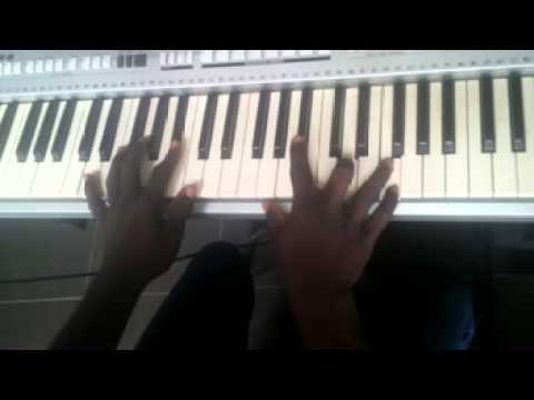 Download NIGERIA HIGHLIFE MAKOSSA GOSPEL PIANO TUTORIAL