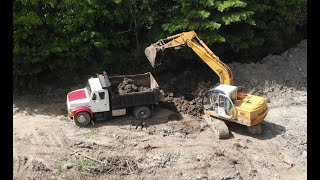 Buying and fixing an excavator: Samsung 130