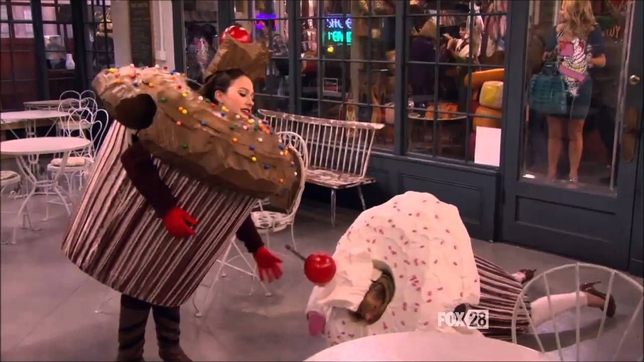 2 Broke Girls Cupcake Costume Trip Youtube