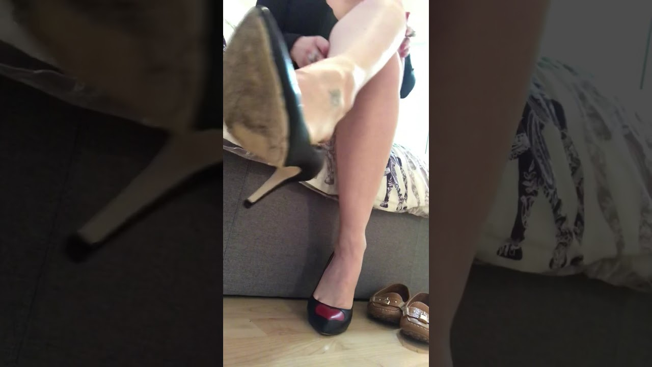 Cleaning my feet after wearing my Gucci heels (part 1)