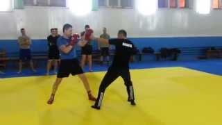 Бокс. Техника двойки в боксе, прямые удары.