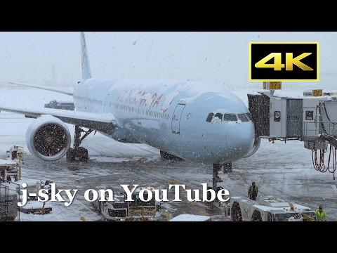 [4K] Air Canada Boeing 777-300/ER at Toronto Pearson International Airport in Snow / エアカナダ トロント国際空港
