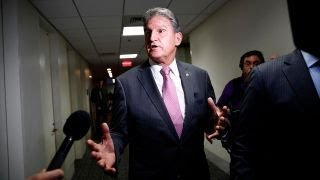joe manchin trump