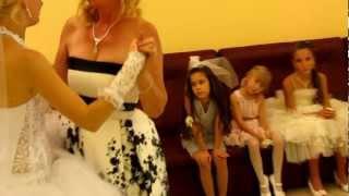 Свадьба.Танец мамы с доченькой.