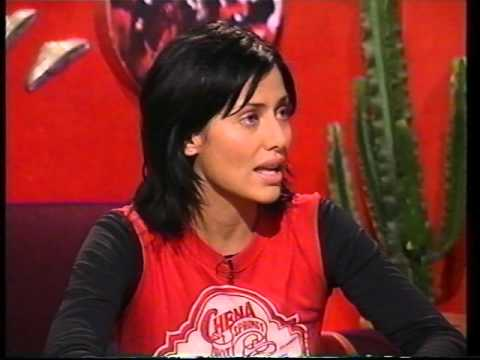 Natalie Imbruglia - Interview on TFI Friday 2000