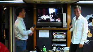 Alejandro Valverde & Joaquim Rodriguez disfrutando del karaoke バルベルデとロドリゲス