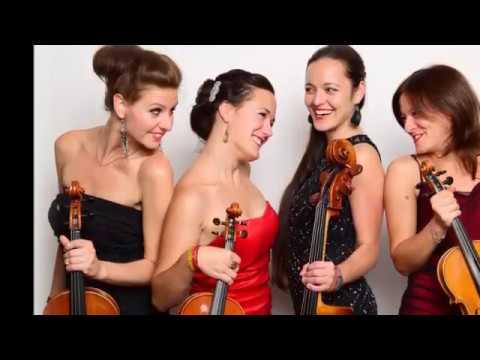 Á La Quartet * Christmas Songs 2016