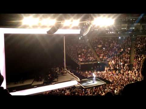 Adele Live at The o2 Arena - Finale - When We Were Young/Rolling In The Deep - 15th March 2016