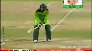 Abdul Razzaq 109* Pakistan Vs South Africa with Jalwa song 2nd ODI