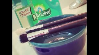 How to Clean Makeup Brushes LIKE A BOSS Thumbnail