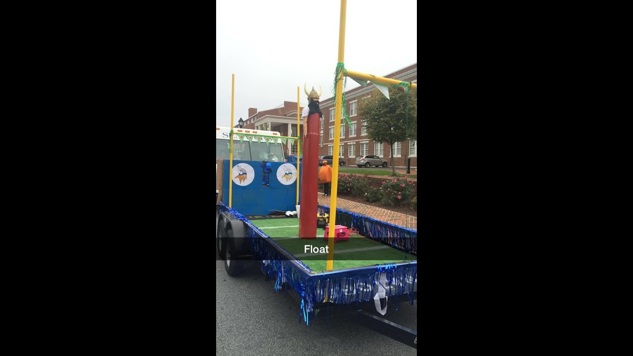 d44d5a7a572 Freshman Float and Homecoming Parade - YouTube