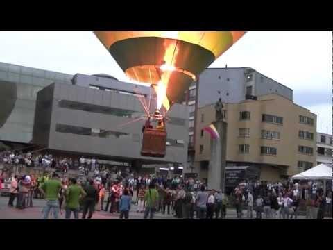 Balloon Exhibition Colombia, Bolivar Square Armenia, Colombia Quindio tourism 34.m2ts
