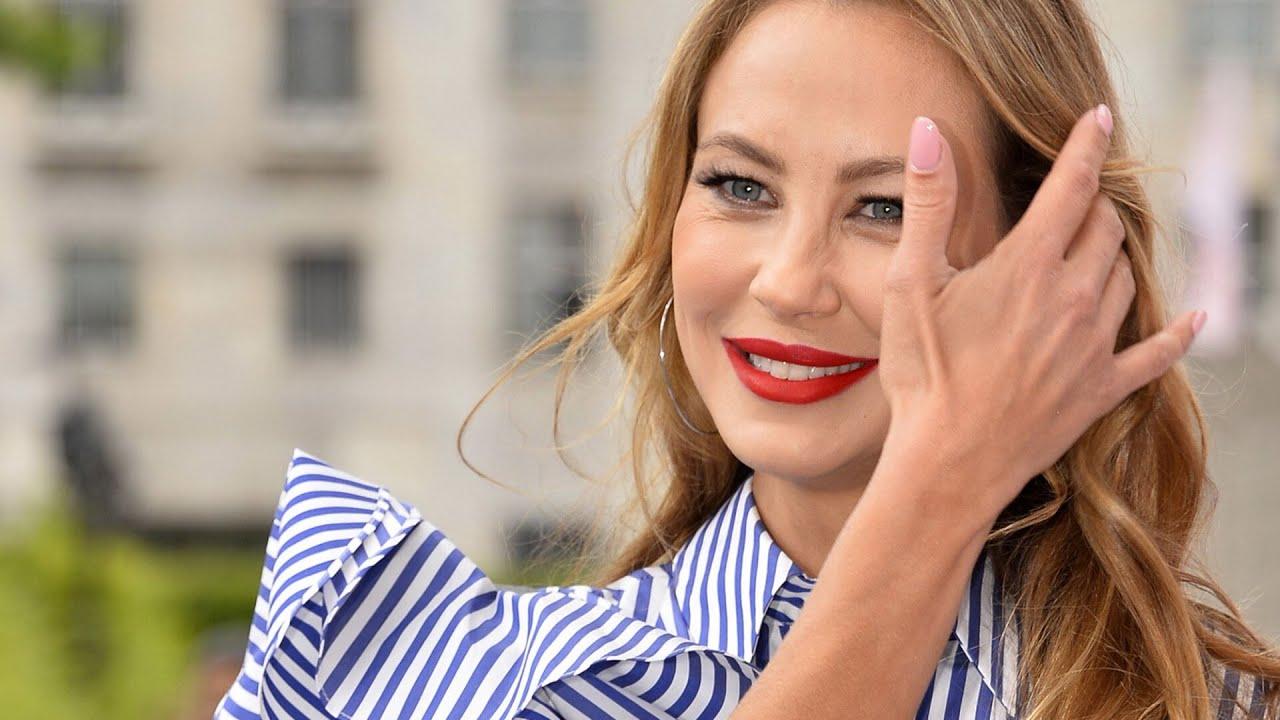 """Alessandra Meyer-Wölden - Ein Outfit zum Niederknien - Fan: """"Kaum zu fassen, dass du 5 Kinder hast!"""""""