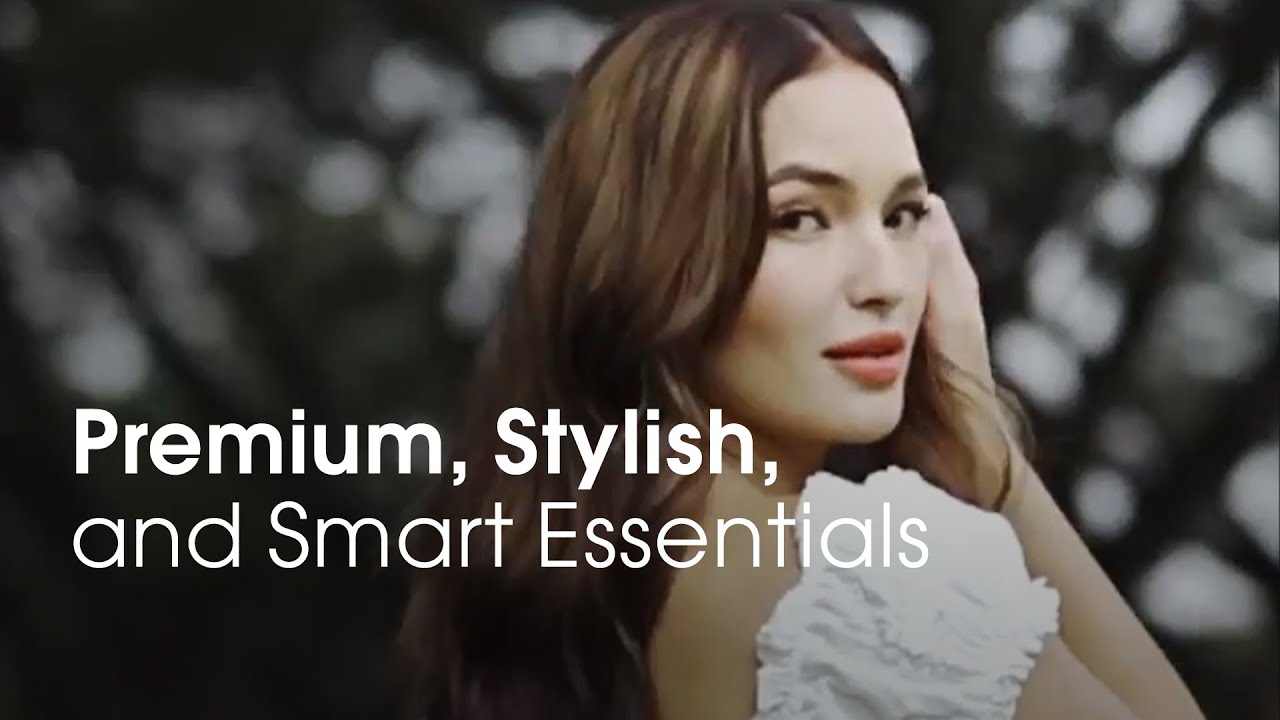 Sarah Lahbati, with the HUAWEI Gentle Monster II and the HUAWEI Mate 40 Pro