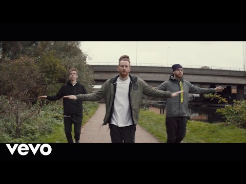 Newton Faulkner - Up Up And Away (Official Video)