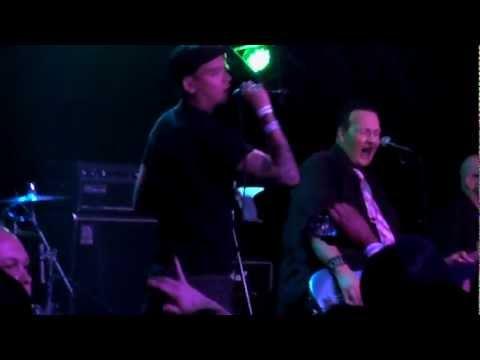 Punk Rock Karaoke w/ Matt Skiba - Astro Zombies (Punk Rock Bowling - Las Vegas 2012)
