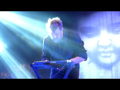 Download Youtube: Elbow -  The Take Off & Landing Of Everything , Hammersmith, 10 - 02 - 15
