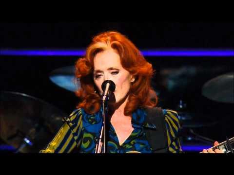 Bonnie Raitt - Love Has No Pride With Lyrics