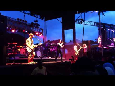 Hot Chelle Rae- Hung Up LIVE!! First Time Performing Hung Up Live!! 4-12-2013