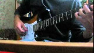 Генералы песчанных карьеров на гитаре