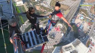 Video AJ Hackett @ Macau Tower download MP3, 3GP, MP4, WEBM, AVI, FLV Juli 2018