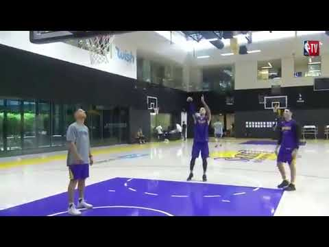 Lakers coach badmouths DAngelo Russells work ethic