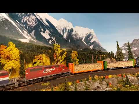 Northwestern Pacific Railroad in HO