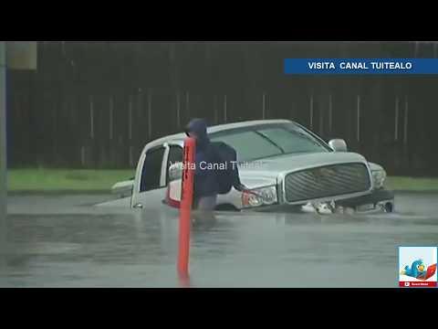 Población usa lanchas y kayaks para trasladarse en Galveston Texas Video