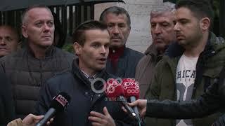 Ora News - Unaza e Madhe, banorët e Astirit padi kundër projektit për prishjen e shtëpive