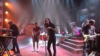 Underoath - Too Bright To See Too Loud To Hear (live @ FUEL TV)