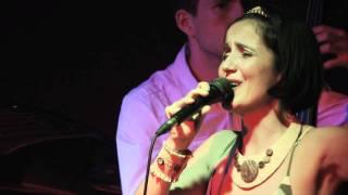 Samba de uma nota so ( One Note Samba) by Antonio Carlos Jobim/ Newton Mendonca
