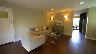 Welcome home to 5332 Balcones Drive, Unit I