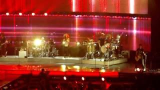 Enrique Iglesias-bailamos LIVE july 2012 HD (Atlantic city boardwalk hall 7/29/12) Thumbnail