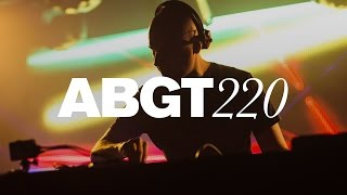 group therapy 220 with above beyond and hernan cattaneo