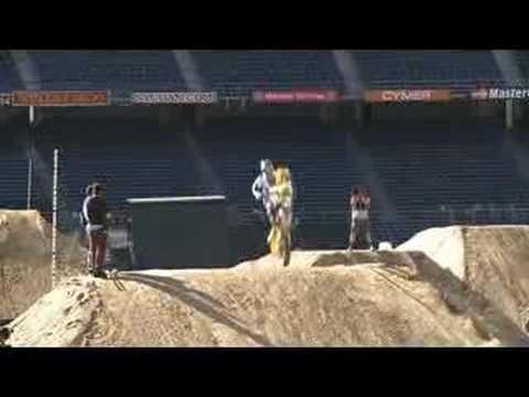 Slow motion of Ricky Carmichael at ESPN's MX Championships