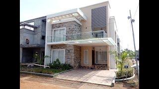 Beautiful gated villa for sale in Ernakulam Aluva.5 Cent 2275 sqft 4 bhk-Close to Aluva Town