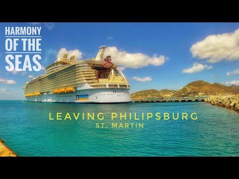 The world's largest cruiseship Harmony of the Seas leaving Philipsburg, St. Martin