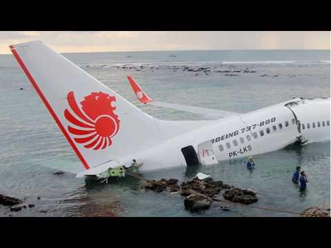 Crash Boeing B737-800 Lion Air at Bali Denpasar|13.04.2013