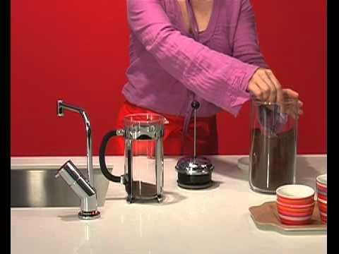 Quooker Anwendung Kochen Von Kaffee In Einem Kaffeebereiter Erhältlich Bei Moebelplus