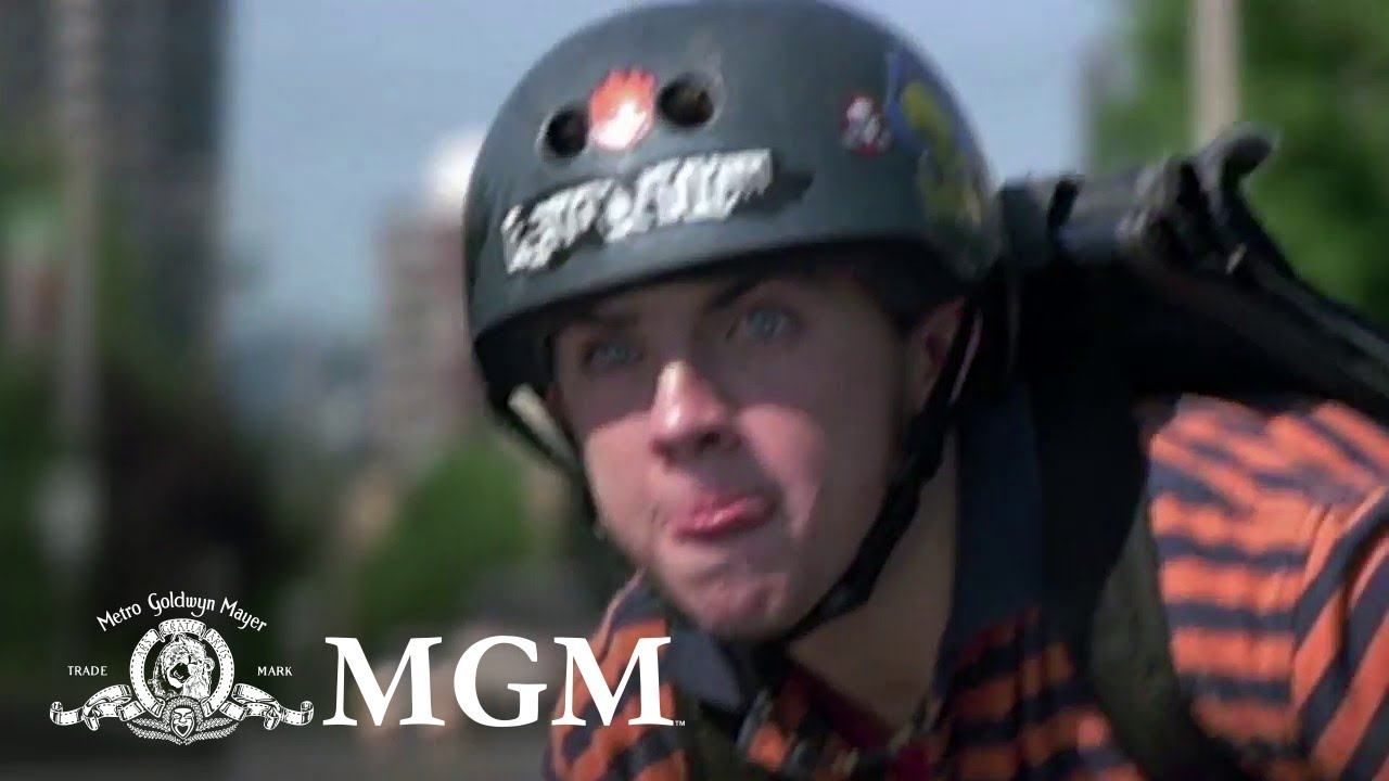 Agent Cody Banks | Cody Saves a Toddler [CLIP] | MGM